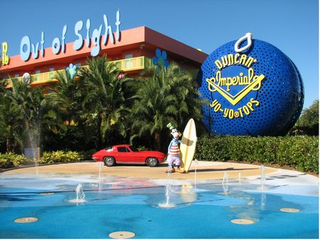 Disney's Pop Century Resort photo, from ThemeParkInsider.com