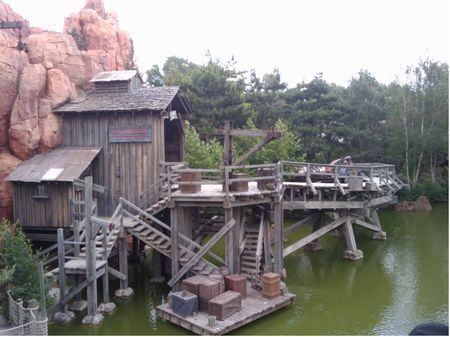 Big Thunder Mountain photo, from ThemeParkInsider.com