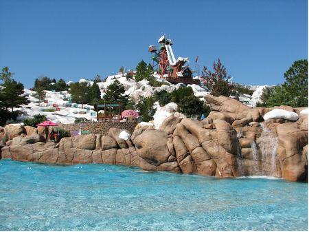 Melt-Away Bay photo, from ThemeParkInsider.com