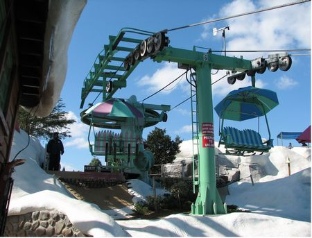 Chair Lift photo, from ThemeParkInsider.com