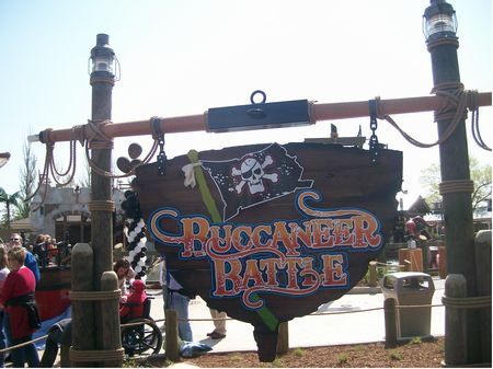 Buccaneer Battle photo, from ThemeParkInsider.com