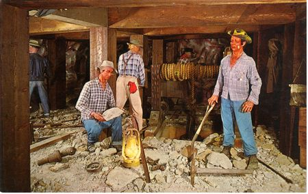 Calico Mine Ride photo, from ThemeParkInsider.com