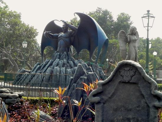 Photo of Hong Kong Disneyland Disney's Haunted Halloween