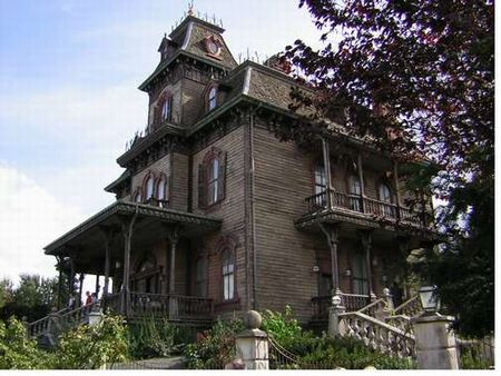 Disneyland Paris' Phantom Manor