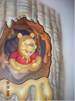 The Many Adventures of Winnie the Pooh photo, from ThemeParkInsider.com