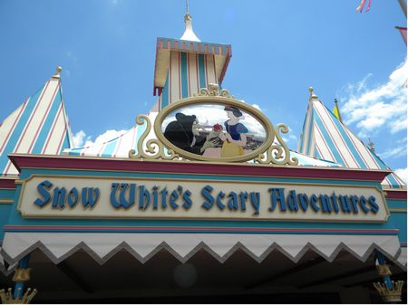 Snow White sign
