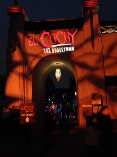 El Cucuy entrance