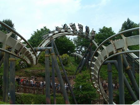 Nemesis photo, from ThemeParkInsider.com