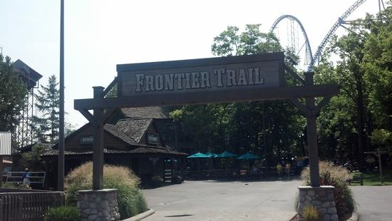 photo of Frontier Trail sign