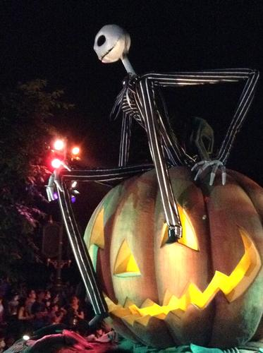 Skellington float