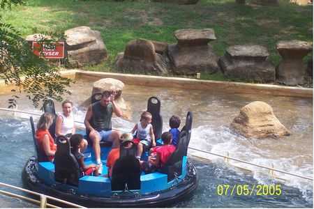Raging Rapids photo, from ThemeParkInsider.com