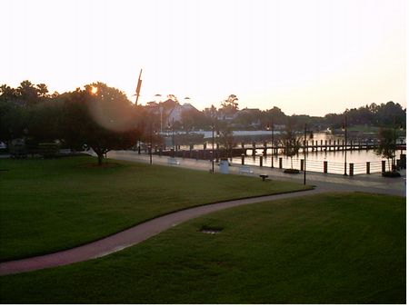 Disney's Yacht Club Resort photo, from ThemeParkInsider.com