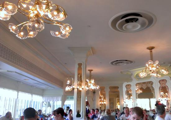 The Plaza Restaurant photo, from ThemeParkInsider.com