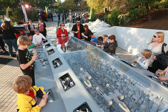 Miniland photo, from ThemeParkInsider.com
