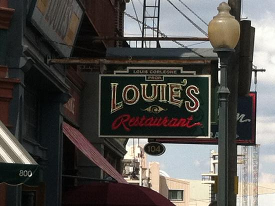 Louie's Italian Restaurant photo, from ThemeParkInsider.com