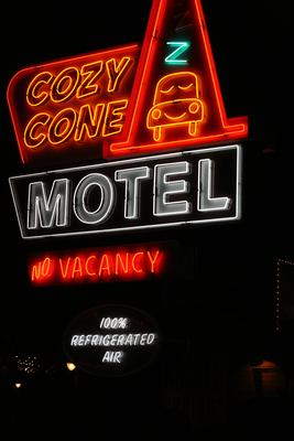 Cozy Cone Motel photo, from ThemeParkInsider.com