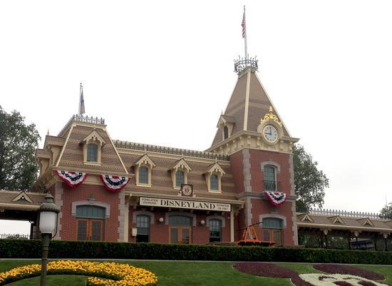 Disneyland Railroad Photos