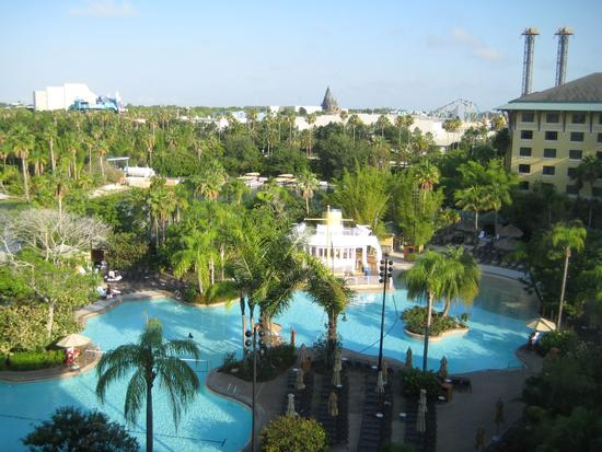 Universal's Cabana Bay Beach Resort photo, from ThemeParkInsider.com