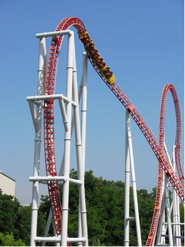 Storm Runner photo, from ThemeParkInsider.com