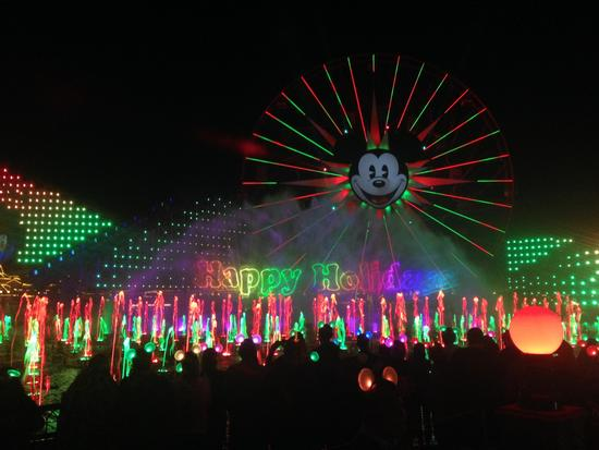 World of Color photo, from ThemeParkInsider.com