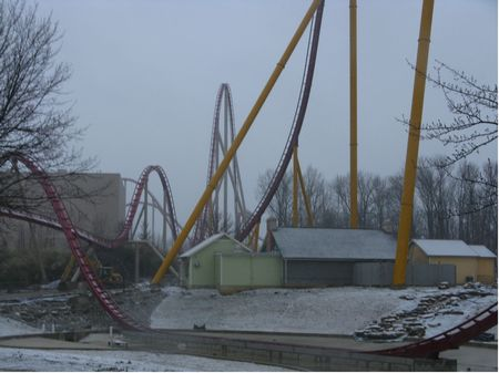 Diamondback photo, from ThemeParkInsider.com