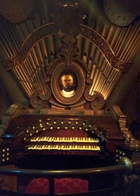 Captain Nemo's organ