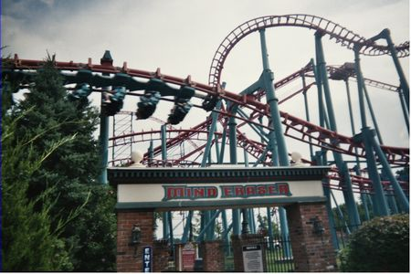 Six Flags New England photo, from ThemeParkInsider.com