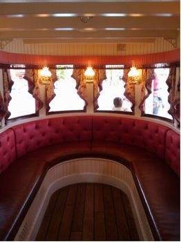 Thunder Mesa Riverboat Landing photo, from ThemeParkInsider.com