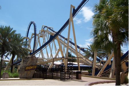 Montu photo, from ThemeParkInsider.com