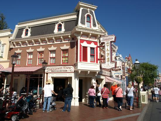 Carnation Cafe photo, from ThemeParkInsider.com