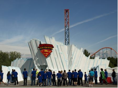 Entrance to Superman: Escape from Krypton at Six Flags Magic Mountain