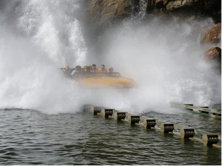 Jurassic Park River Adventure photo, from ThemeParkInsider.com