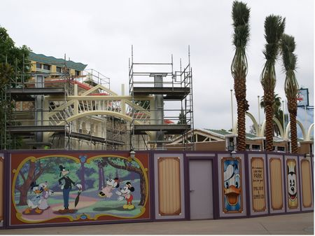 Paradise Pier restaurants under construction