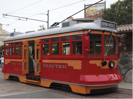Red Car Trolley photo, from ThemeParkInsider.com