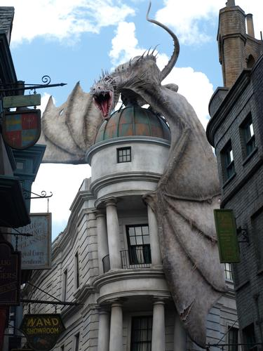 Diagon Alley's dragon