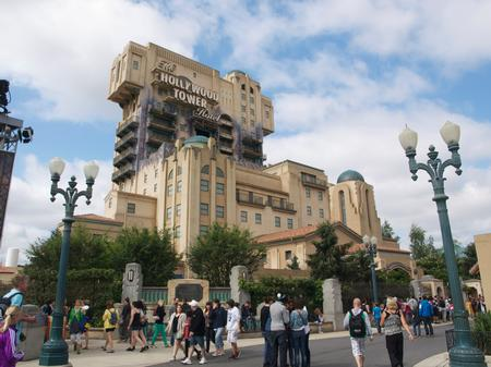 Twilight Zone Tower of Terror in Paris