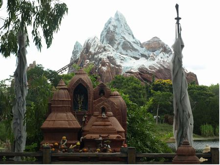 Expedition Everest photo, from ThemeParkInsider.com