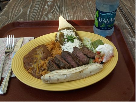 Tamale and carne asda platter t Disneyland