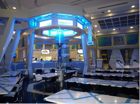 Starbot Cafe At Universal Studios Singapore