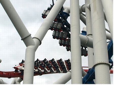 Dueling coasters on Battlestar Galactica