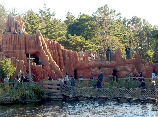 Tom Sawyer Island photo, from ThemeParkInsider.com