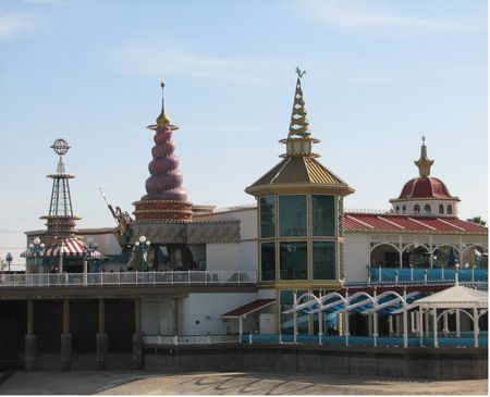 Ariel's Grotto photo, from ThemeParkInsider.com