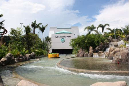 Jurassic Park Rapids Adventure photo, from ThemeParkInsider.com