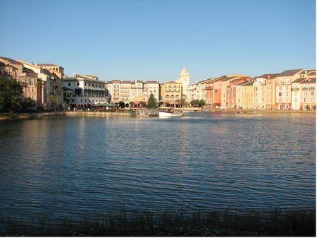 Universal's Portofino Bay Hotel photo, from ThemeParkInsider.com
