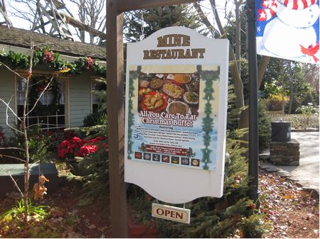 Lucky Silver Mine Restaurant At Silver Dollar City