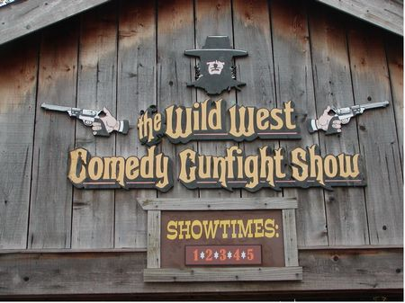 Wild West Comedy Gunfight Show photo, from ThemeParkInsider.com