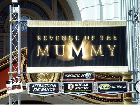 Revenge of the Mummy photo, from ThemeParkInsider.com