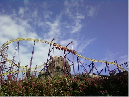 Volcano: The Blast Coaster photo, from ThemeParkInsider.com