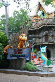 Land of the Dragons photo, from ThemeParkInsider.com
