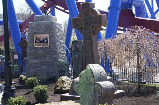 Son of Beast in the graveyard